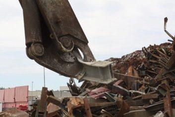 Naprawa-serwis-maszyn-żurawie-złom-recykling